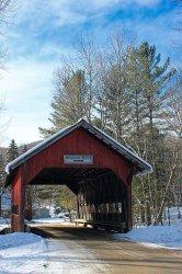 0117d7b70a530b64b38fad1897595c41--stowe-vermont-red-barns.jpg