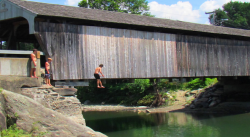 waitsfield_covered_bridge_mad_river_vermont1_t658.png