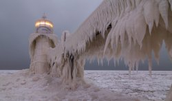 landscape-lighthouse-ice-storm-ice-wallpaper.jpg