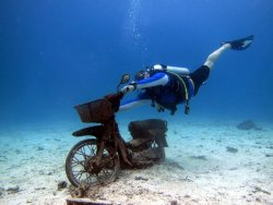 Diving-at-Racha-Yai-Island-.jpg