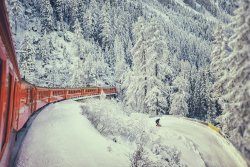 Train-in-Winter.jpg