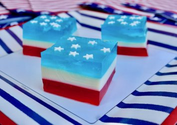Red+White+and+Blue+Jello+Salad.jpeg