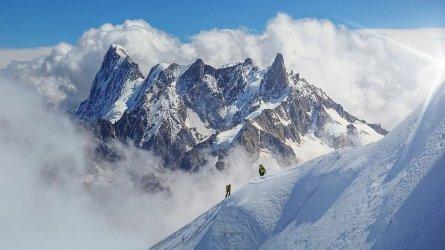 mont-blanc-storm-alps_h.jpg