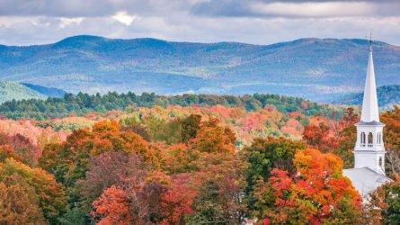 bigstock-Peacham-Vermont-USA-rural-au-197664466-e1527874937545-790x444.jpg