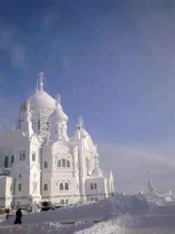 Белогорский_монастырь_в_январе._3..jpg