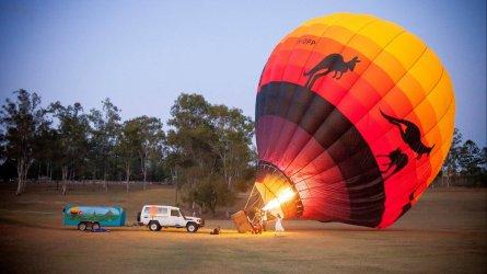 brisbane-hot-balloon-ride-landscape-700.jpg