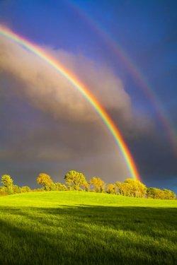 double-rainbow-landscape-beautiful-irish-19930081.jpg