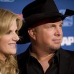 Garth and Trisha Plan Christmas Album