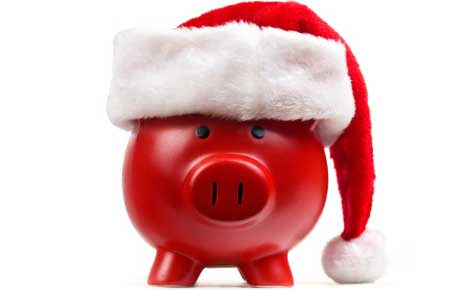Five Ways to Save Money on Christmas in August