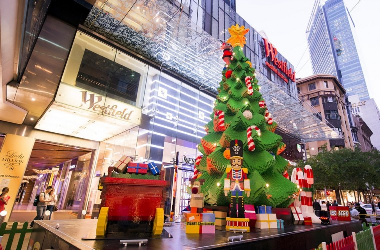 Lego-Christmas-Tree-Federation-Square-759x500