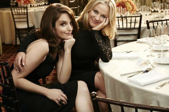 Poehler and Fey to Host SNL Christmas Show