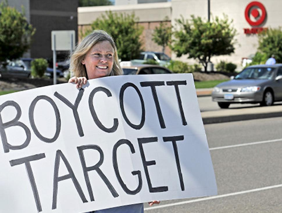 Why I Boycotted All Stores This Christmas