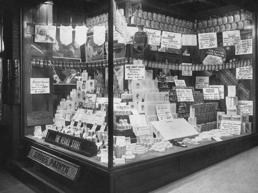 1916 6 One Cent Sale display window, Dysle & Co, Marietta, OH