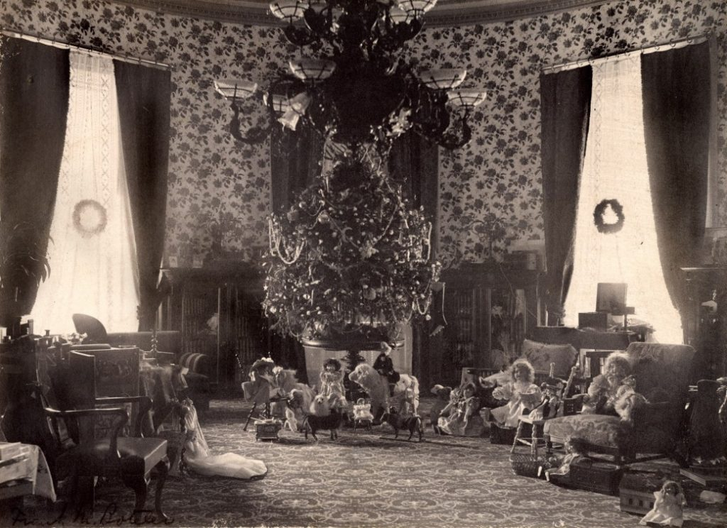 The White House Christmas Tree in 1899, just before Roosevelt took office.
