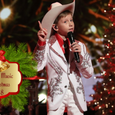 Best New Christmas Music from Mason Ramsey